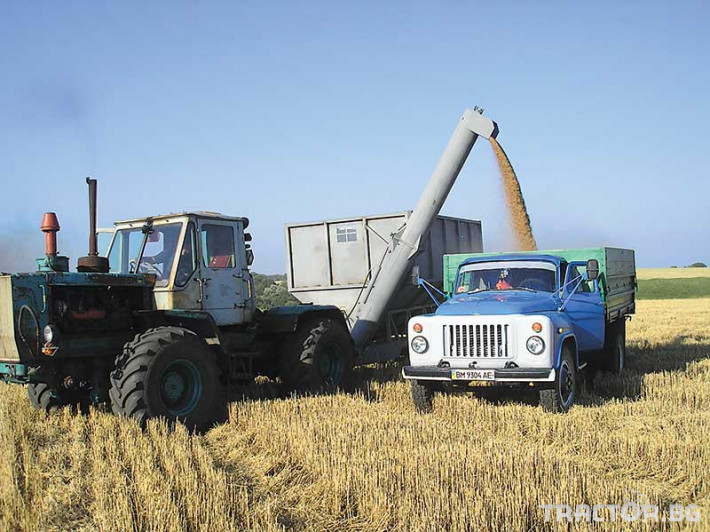 Ремаркета и цистерни Контейнер за събиране Кобзаренко ПБН-20 12 - Трактор БГ