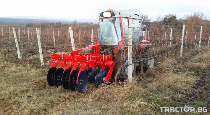 Машини за лозя / овошки Дискова брана марка SANIDAS модели SD 7 - Трактор БГ