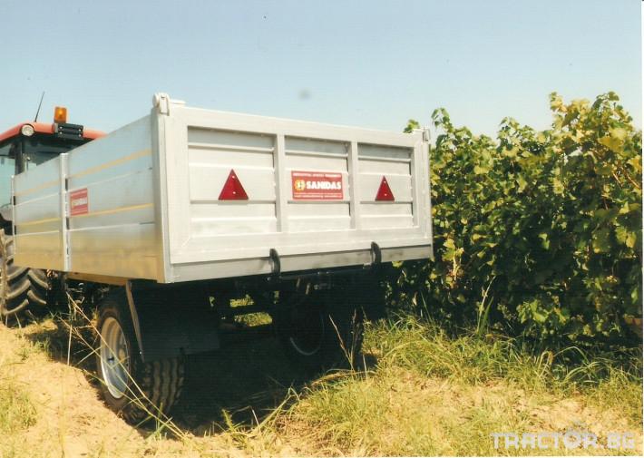 Машини за лозя / овошки Платформа (Ремарке) марка SANIDAS 0 - Трактор БГ